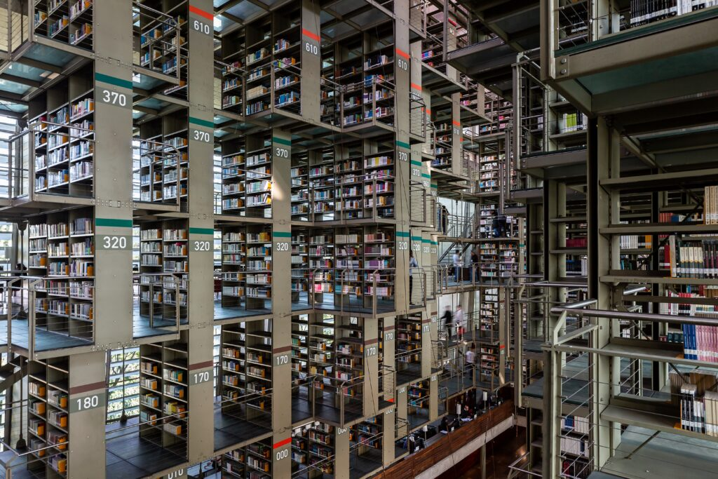Revisit: Biblioteca Vasconcelos - Architectural Review