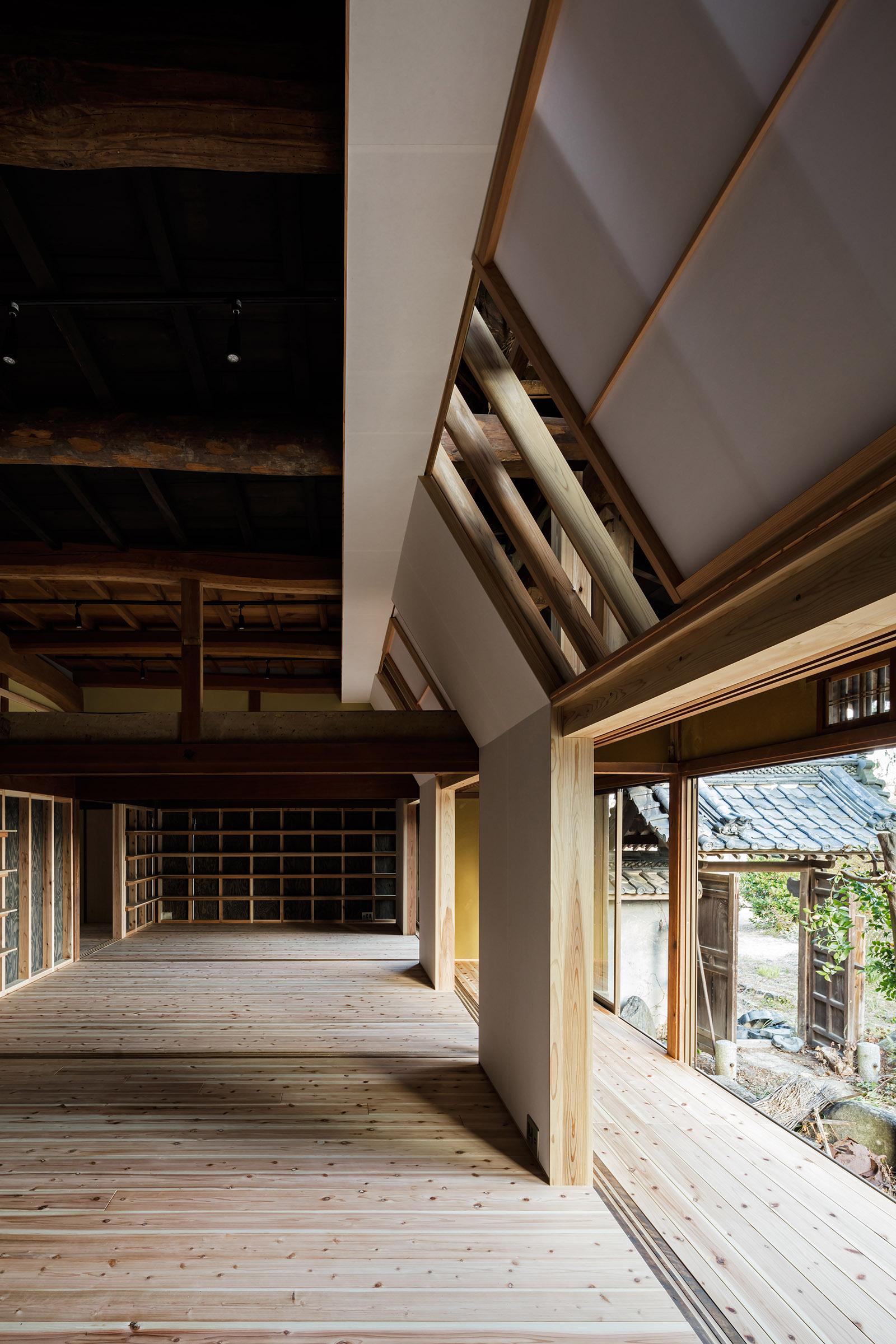 House in Nara City, Japan, by Tadashi Yoshimura Architects