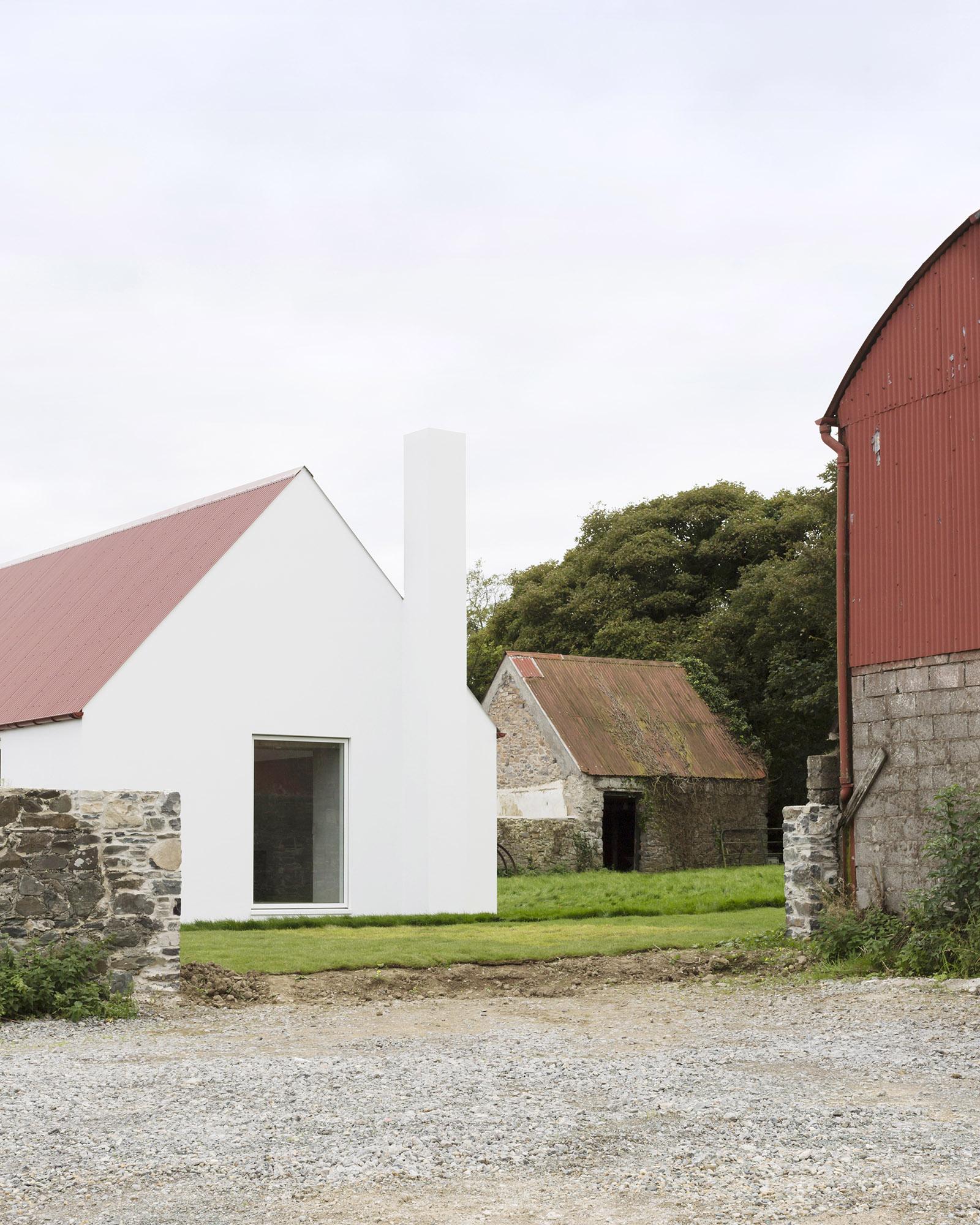 Baltrasna House in Dublin, Ireland by Ryan W Kennihan Architects