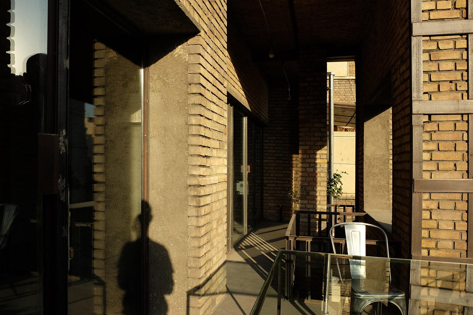 Farsh Film Studio in Tehran, Iran by ZAV Architects