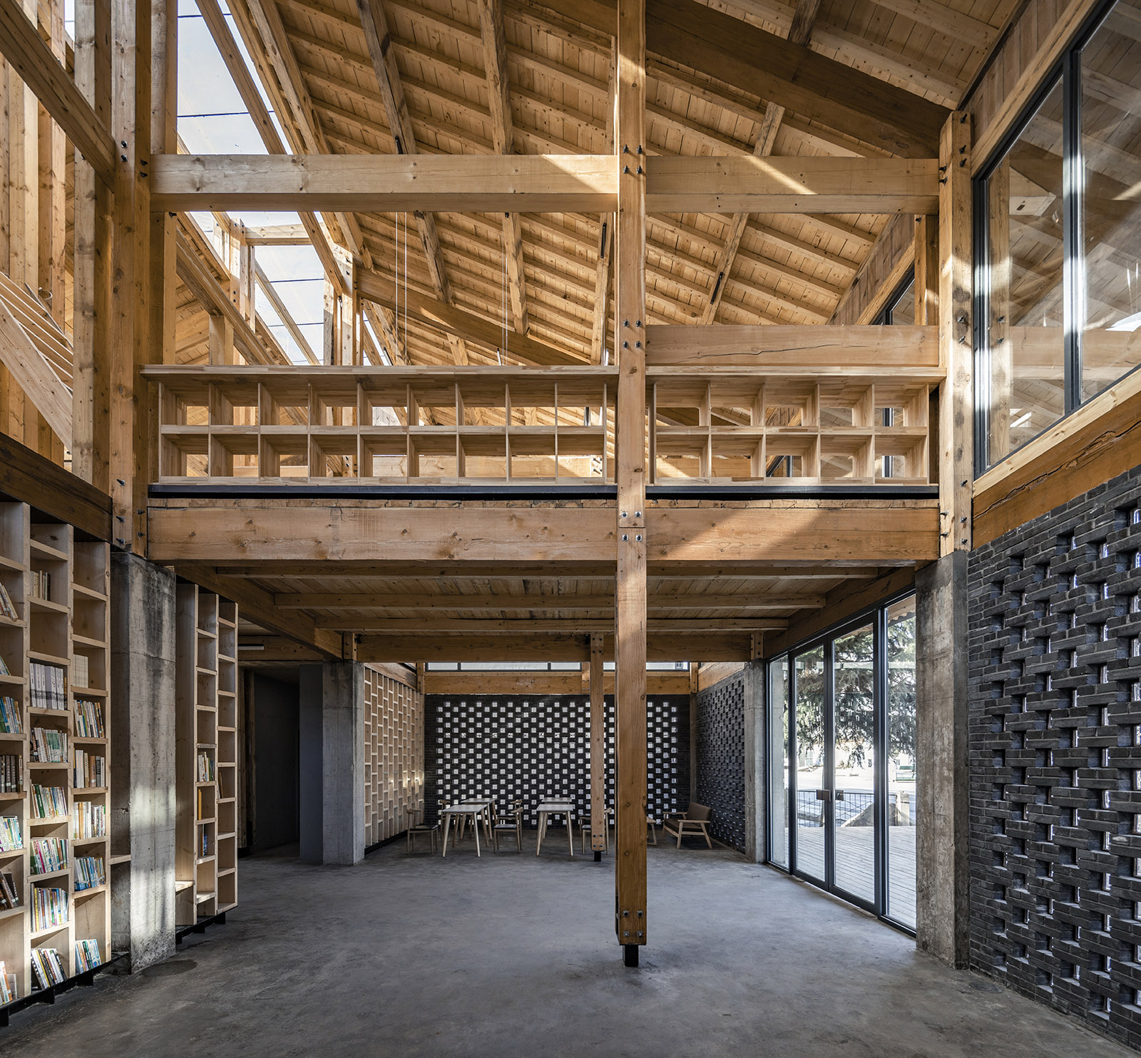 The party and public service center of Yuanheguan Village in Hubei Province, China, by LUO Studio