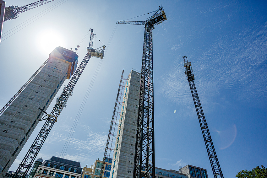 Construction output picks up in 2021
