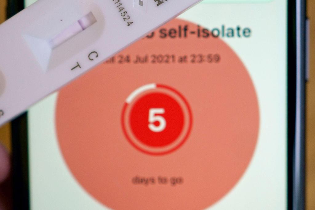 NHS-app_self-isolate_generic.jpg