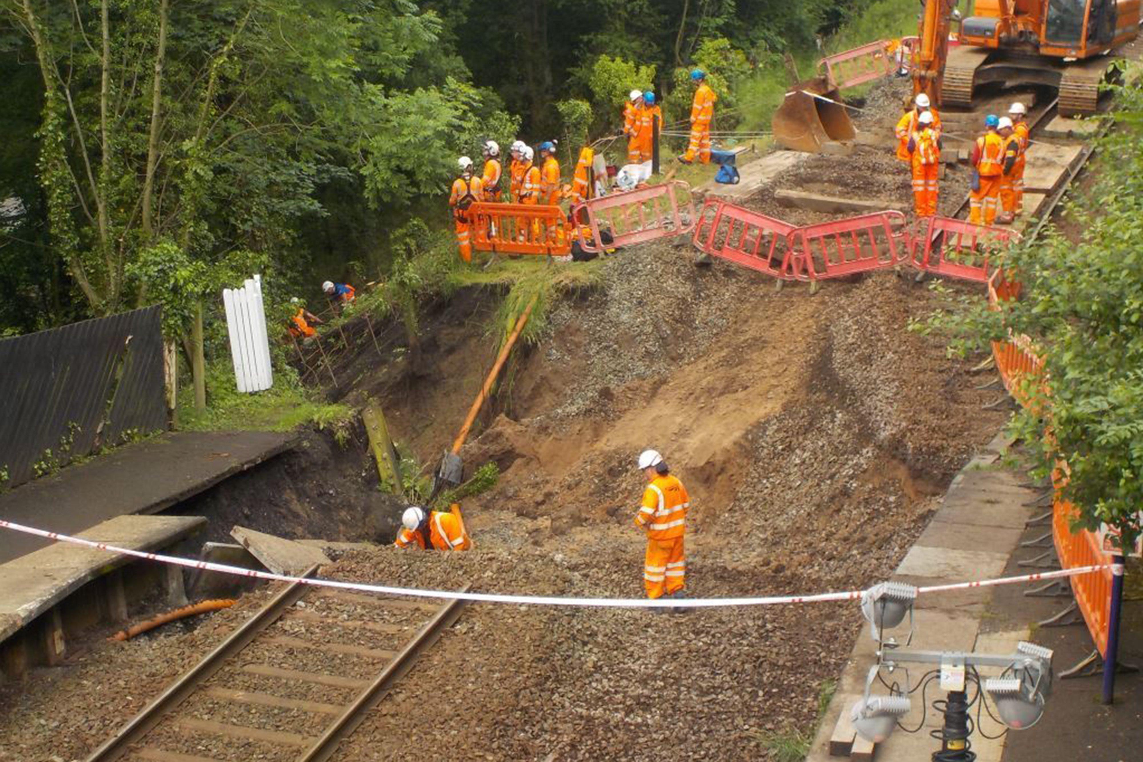 Network Rail undertakes emergency repair on Buxton