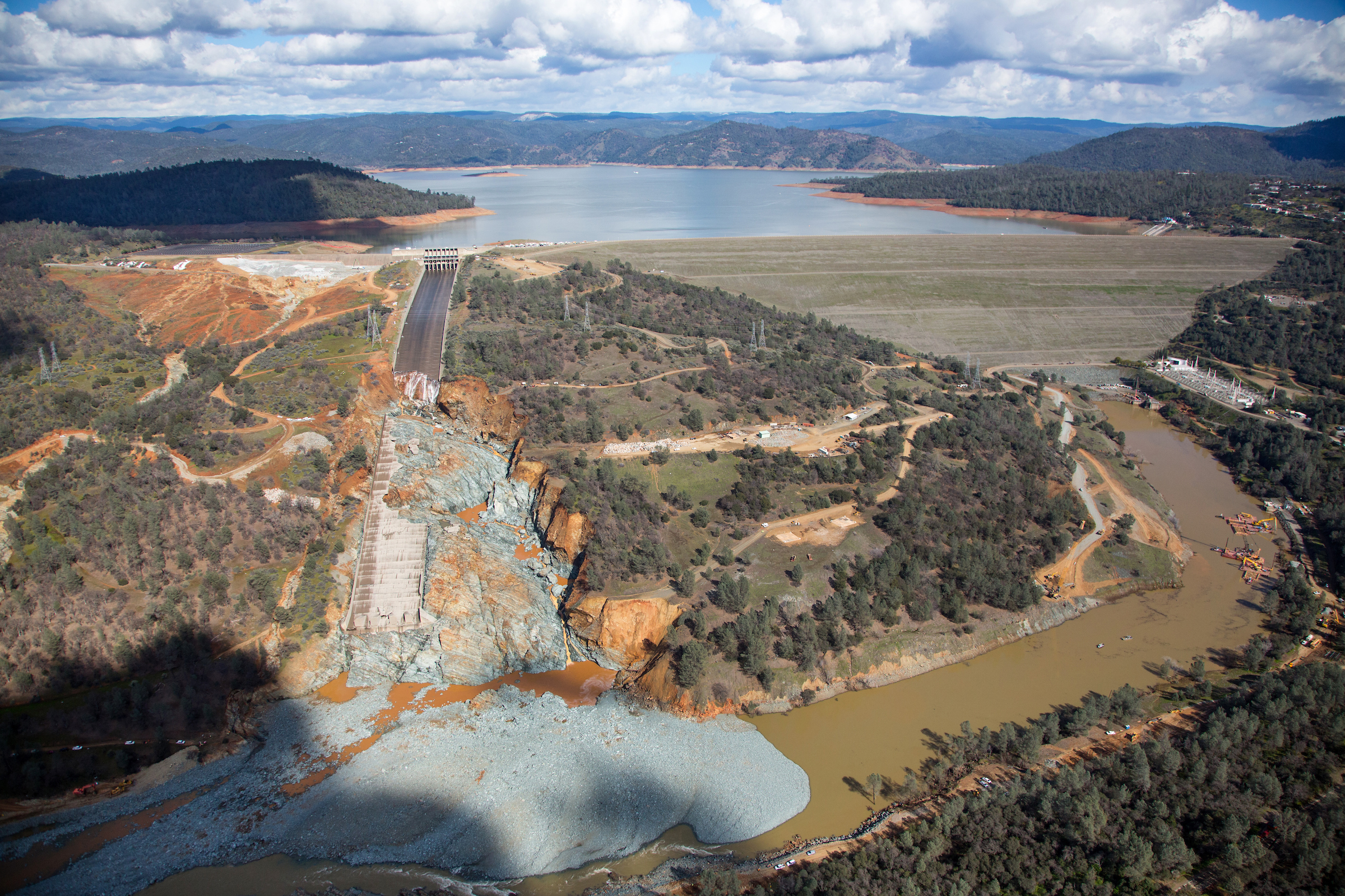 Learning from Failure | Oroville Dam spillway - New Civil Engineer