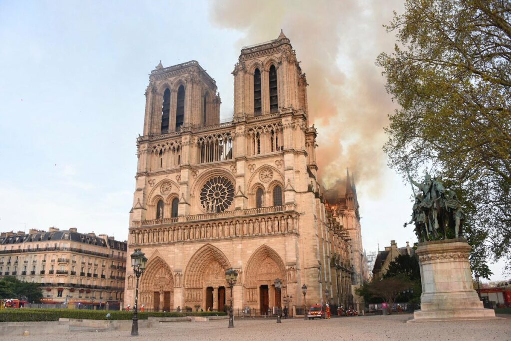 Notre Dame Cathedral At Risk Of Collapse As Restoration Begins New Civil Engineer